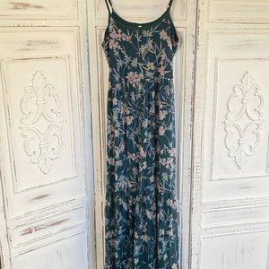Dresses & Skirts - Emerald Green Floral Maxi Dress - Sz. Medium